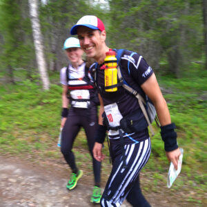 Anu Uhotoinen ja Jaakko Mäkelä keräsivät suomalaisjoukkueista eniten pisteitä 24 tunnin SM-sarjassa.